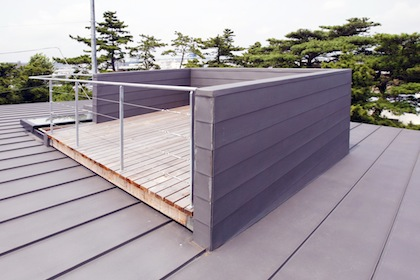 江ノ島が見える屋上
